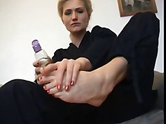 Blondinka Footjob
