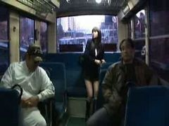 Asiatiche Autobus Gangbang Giapponese