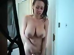 Milf masturbating and dirty talk after shower