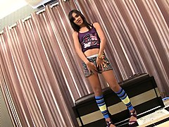 teen ladyboy dream strips n strokes
