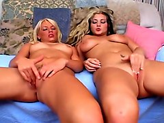 Stunning Wet Blonds Masturbate Together
