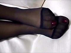 FEET - NYLON - PANTYHOSE - III