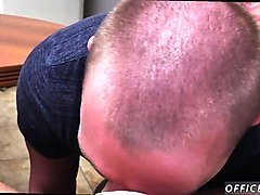 straight men sexually serviced by gay pantsless friday!