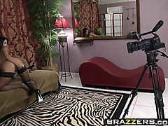 brazzers - big butts like it big -  big assed