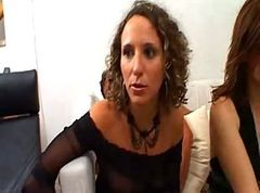Two wet horny french MILFs in a foursome