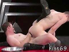 boys ass fucking gay in an acrobatic 69, axel abysse inserts