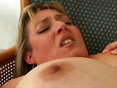 Naughty Chubby Mature (la Negociation